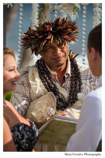 Maui-Creative-Destination-Wedding-0075.jpg