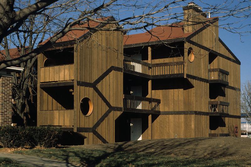 E 6 Stonegate Village Z Building_JPW Architect576.jpg