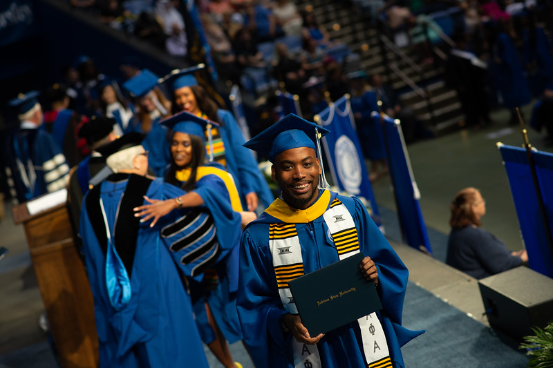 May 12, 2018 commencement -1061.jpg