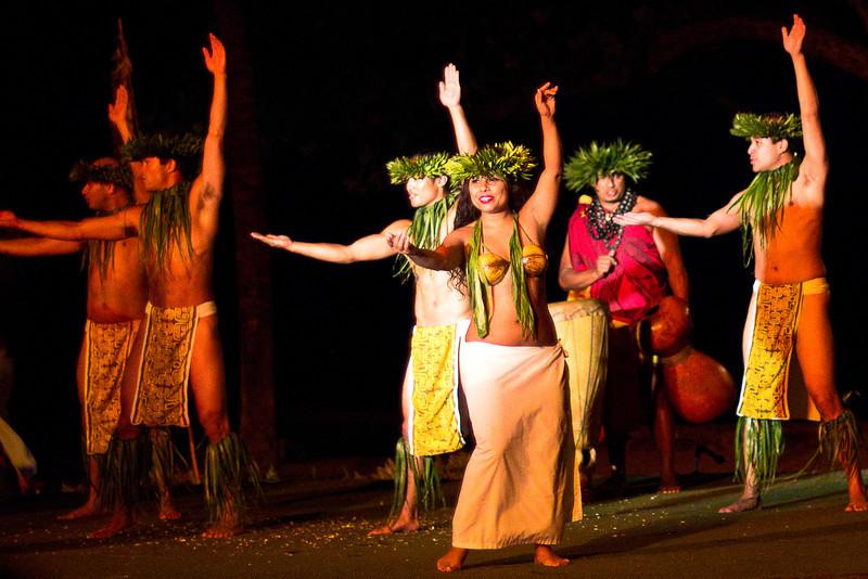 old lahaina luau dancers.jpg