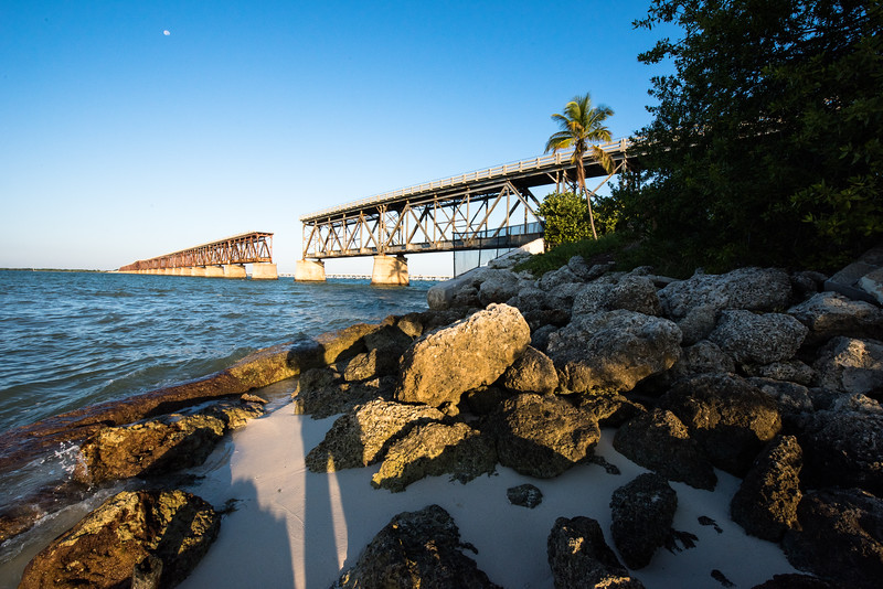 Bahia Honda railway bridge at sunrise and Moon
