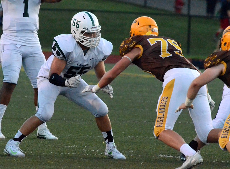 West Bloomfield created a tie atop the OAA Red with a 17-16 win at Rochester Adams on Friday night. (Oakland Press photo gallery by Drew Ellis)