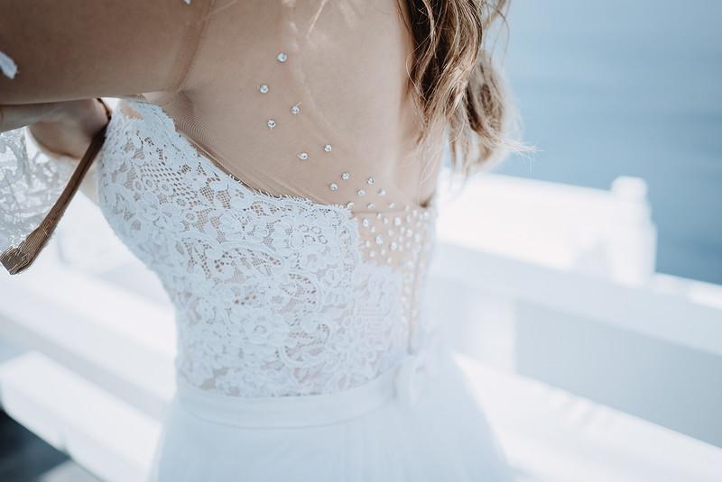 Tu-Nguyen-Wedding-Photography-Videography-Hochzeitsfotograaf-Engagement-Santorini-Oia-Greece-Thira-10.jpg