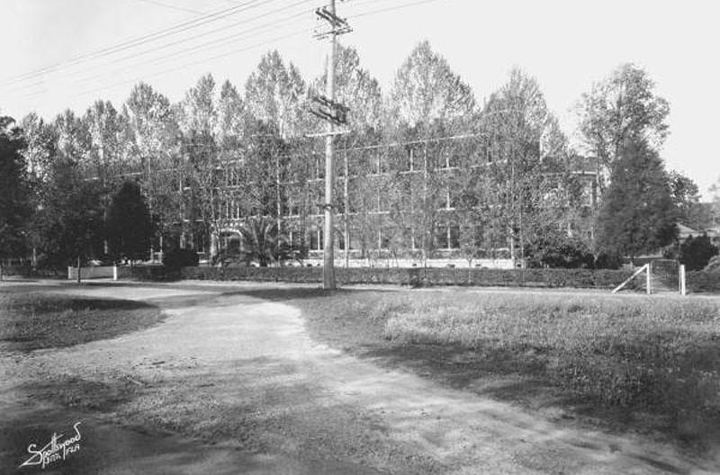 Fl Christian - 1935.jpg