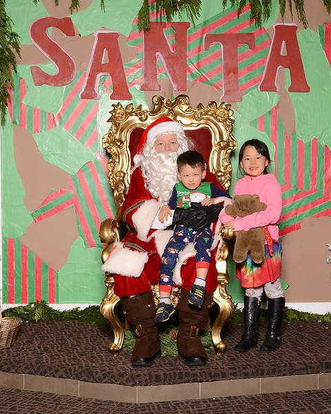 20171224_MoPoSo_Tacoma_Photobooth_LifeCenterSanta1224b-102.jpg