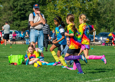 10-03-2015 Lightning Bolts versus Tie Dye Monsters