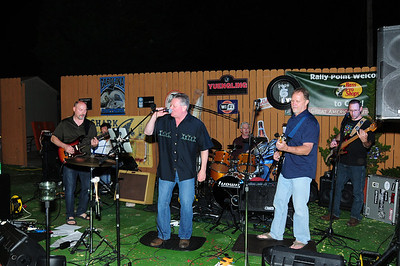 PAGE 6 BAND