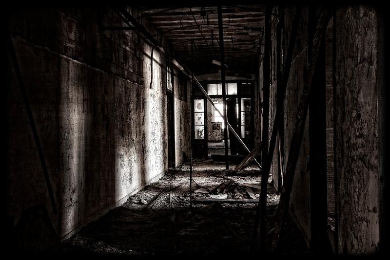 kings-park-hallway-01.jpg