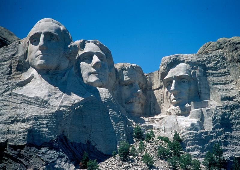 USA - Mnt Rushmore.jpg