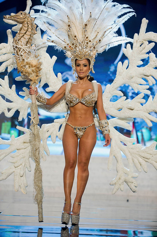 . Miss Honduras Jennifer Andrade performs onstage at the 2012 Miss Universe National Costume Show at PH Live in Las Vegas, Nevada December 14, 2012. The 89 Miss Universe contestants will compete for the Diamond Nexus Crown on December 19, 2012. REUTERS/Darren Decker/Miss Universe Organization L.P./Handout