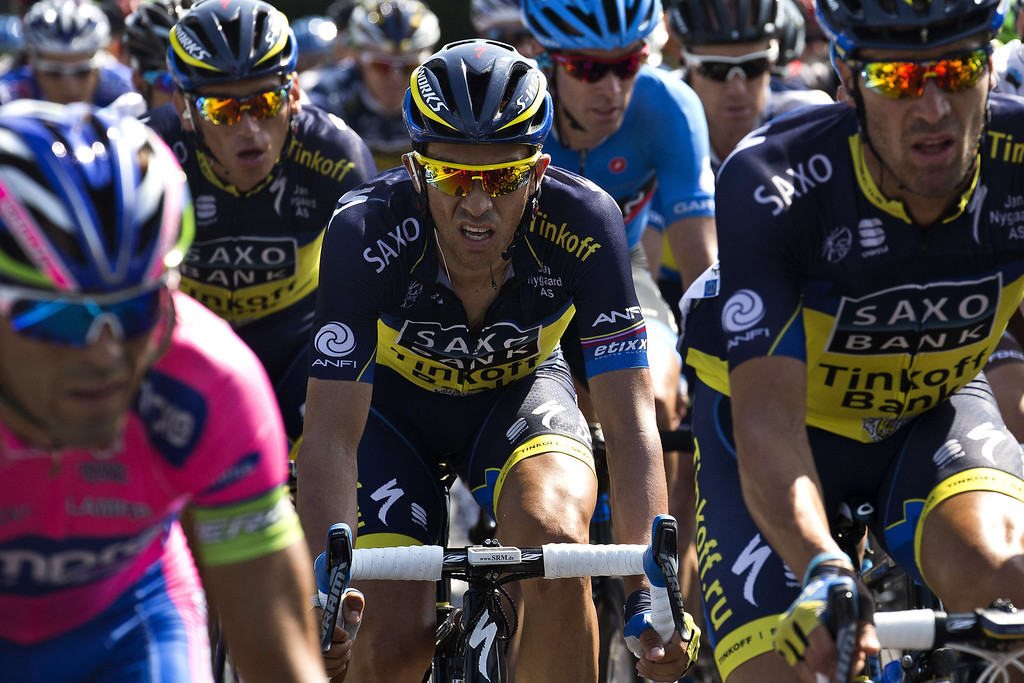 . Spain\'s Alberto Contador (C) rides during the 197 km tenth stage of the 100th edition of the Tour de France cycling race on July 9, 2013 between Saint-Gildas-des-Bois and Saint-Malo, northwestern France.     JOEL SAGET/AFP/Getty Images