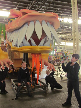 2014-12-12 4th Gr Mardi Gras World Field Trip