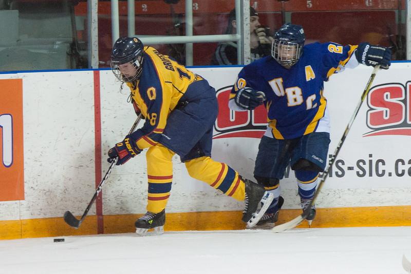 20130310 QWHockeyvsUBC 742.jpg