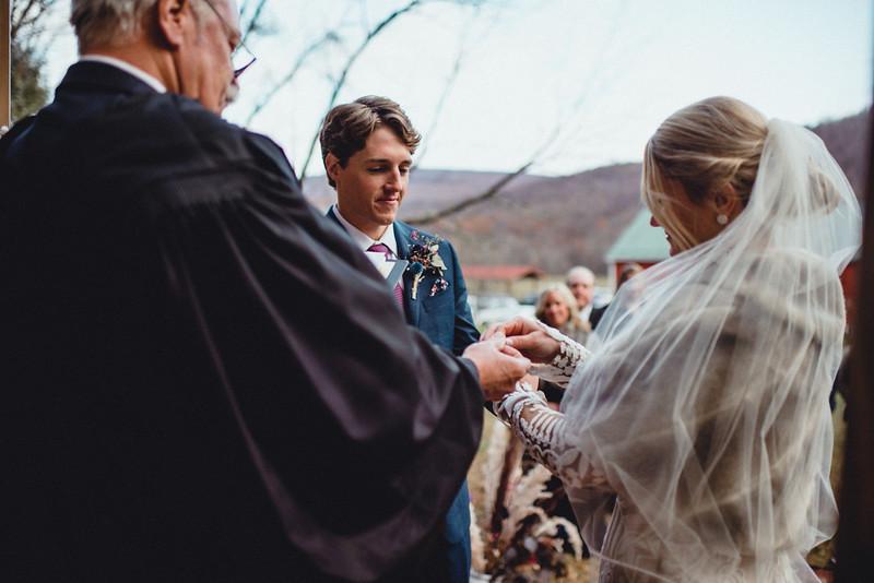 Requiem Images - Luxury Boho Winter Mountain Intimate Wedding - Seven Springs - Laurel Highlands - Blake Holly -1062.jpg