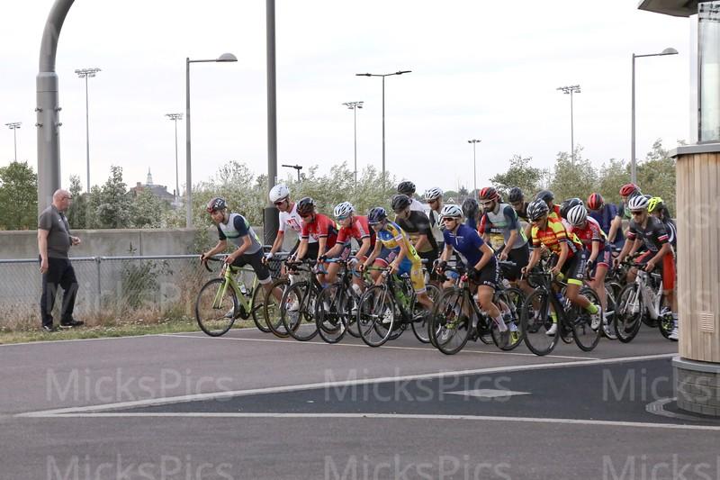Lee Valley  15.8.18.  Cat 3 race