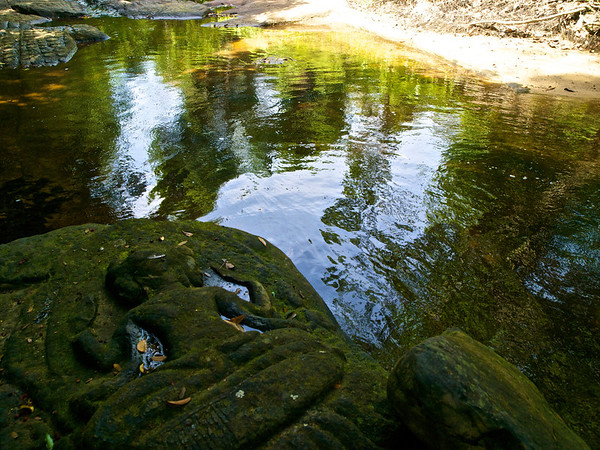 Kbal Spean-River of a 1,000 Lingas