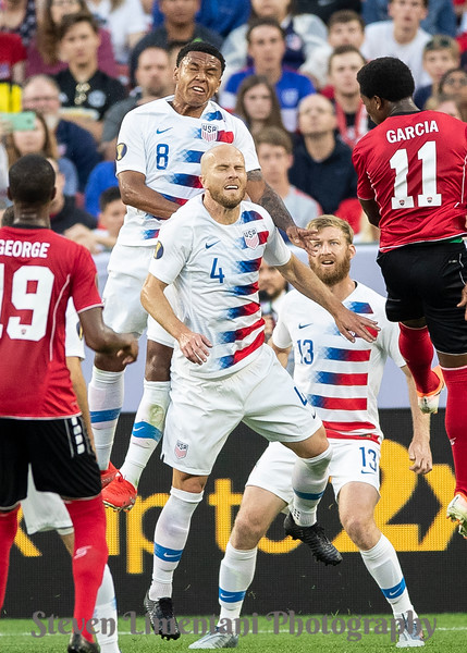 Weston Mckennie #8, Michael Bradley #4