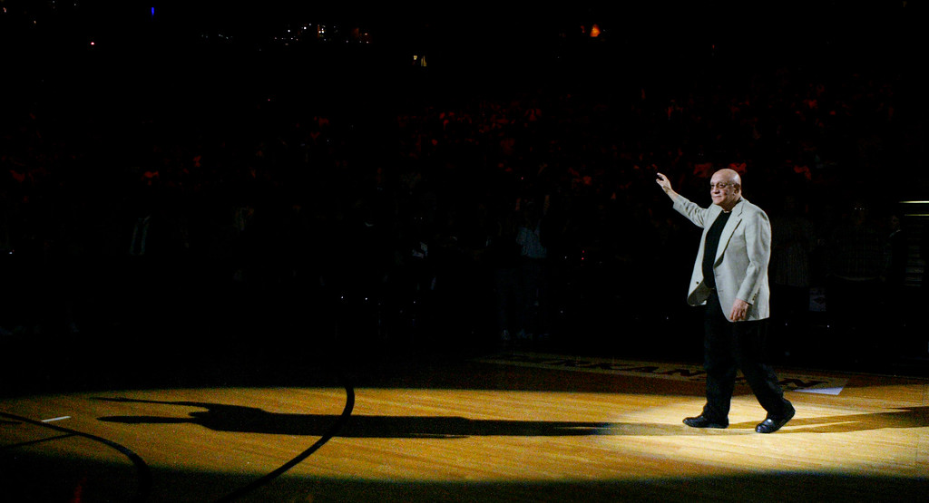 . In this Nov. 26, 2005, file photo, former UNLV coach Jerry Tarkanian waves to the crowd at the Thomas & Mack Center in Las Vegas.  (AP Photo/Isaac Brekken, File)