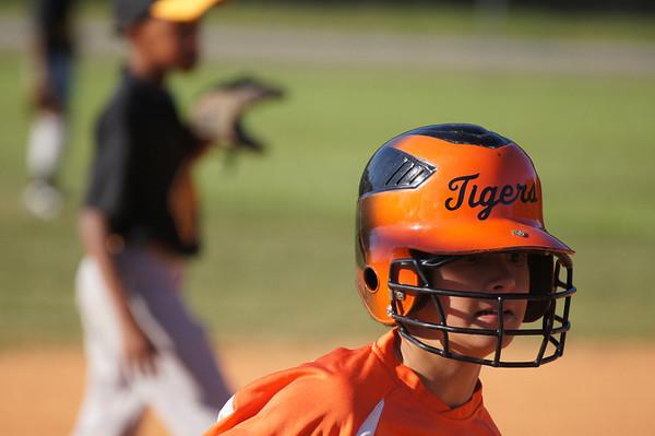 May 2011- 10U Tiger Orange vs Rangers