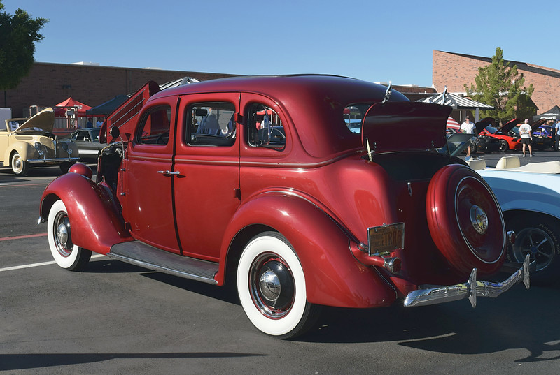 Ford 1936 4 dr Deluxe rr lf.JPG