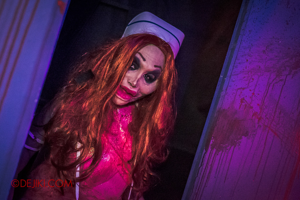 Halloween Horror Nights 7 - Make The Cut haunted house / Nurse