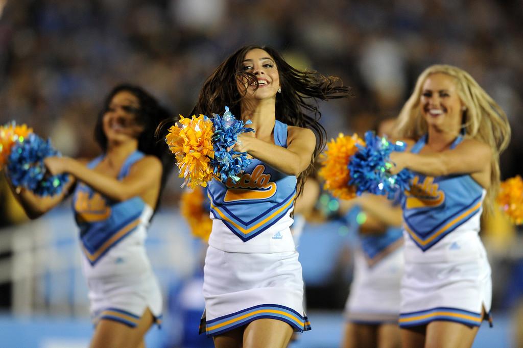 . UCLA cheerleaders, Saturday, November 2, 2013, at the Rose Bowl. (Photo by Michael Owen Baker/L.A. Daily News)