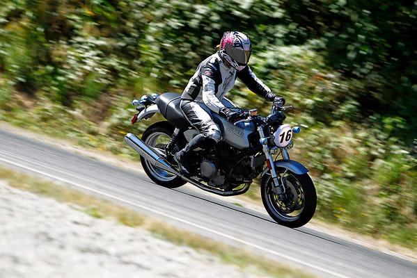 #16 - Silver Ducati