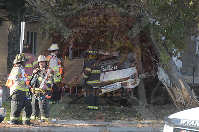 Wyandanch Fire Co. MVA w/ Ejection  and Medevac N.11th St. and Straight Path  10/21/15