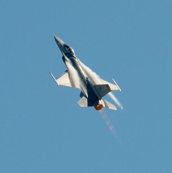 F18 Super Hornet-4.jpg