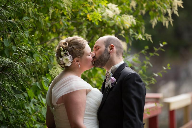 Mari & Merick Wedding - Lovers Carvings-3.jpg