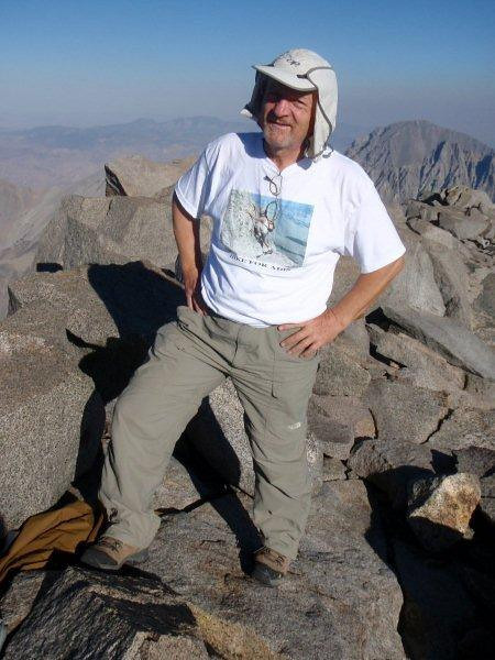 Summiting Mt Sill (14,153 ft = 4.314 m) at 5pm.
