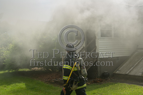 Belmont MA - Working Fire on Albert Ave