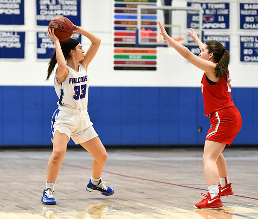 2/7/2020 Mike Orazzi | StaffrSt. Paul's Olivia Stump (33) during Friday night's girls basketball game with Wolcott in Bristol.