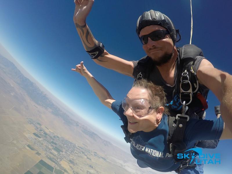 Lisa Ferguson at Skydive Utah - 43.jpg