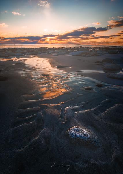 Uttakliev-beach-sunset-4.jpg