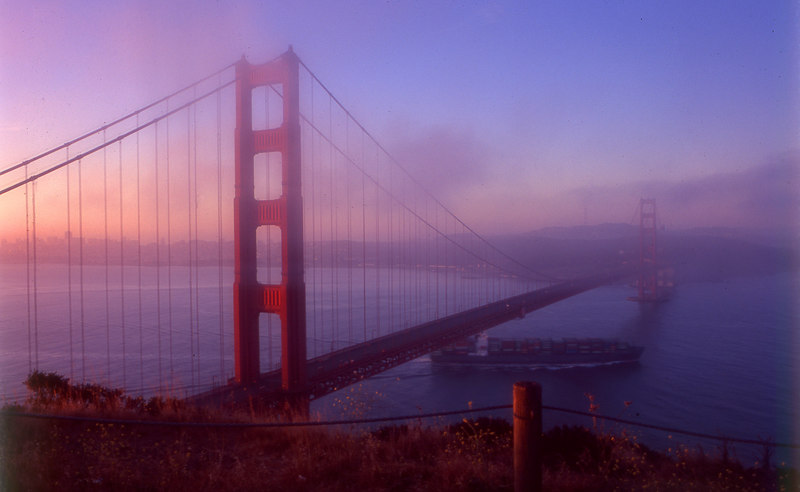 A photo taken earlier in the year, from the same lookout over the Golden Gate.