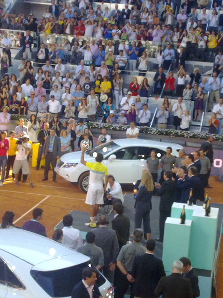 Nadal accepting prize