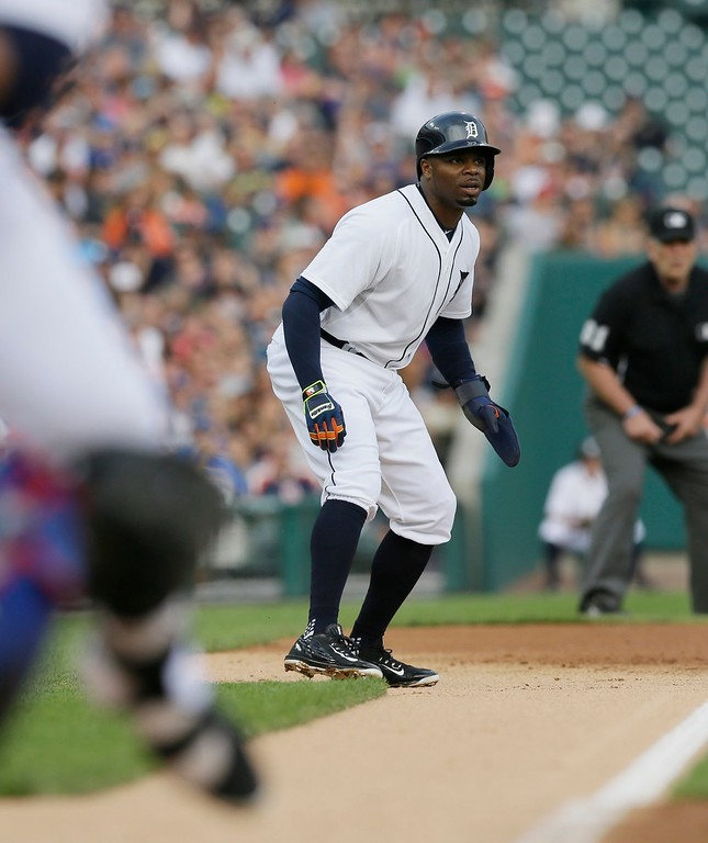 . Detroit Tigers\' Rajai Davis leads off third during the first inning of a baseball game against the Chicago Cubs, Tuesday, June 9, 2015, in Detroit. (AP Photo/Carlos Osorio)