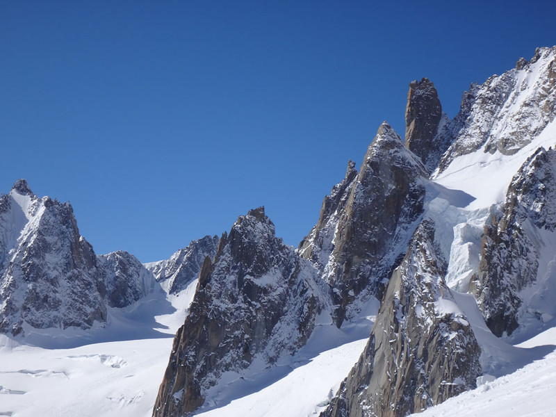 The views as we descended the glaciers of the Vallee were spectacular.