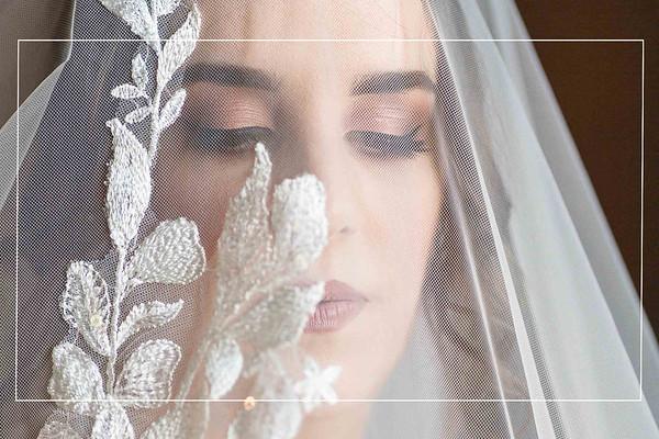 Winter Bridals at Moffitt Oaks in Tomball, Texas
