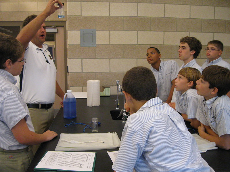 \\hcadmin\d$\Faculty\Home\slyons\HC Photo Folders\7th Gr_Exhaling Carbon Dioxide Lab_2011\IMG_1082.JPG