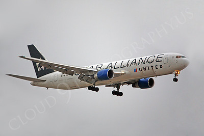 United Airline Boeing 767 Airliner Pictures