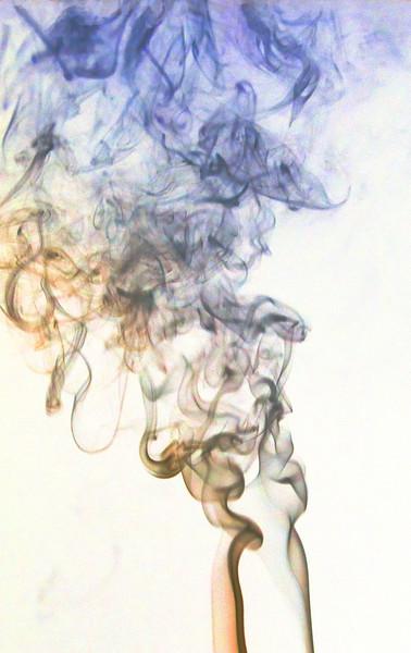 Smoke Trails 4~8473-1ni.