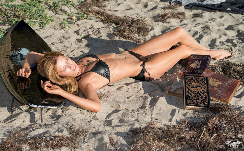 Swimsuit Bikini Model Goddess! Hollywood Stunt Double!