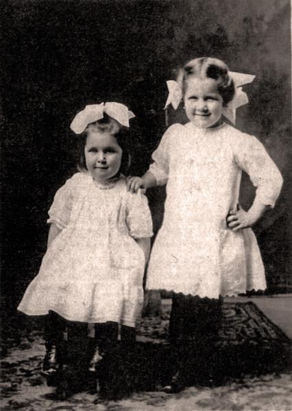 Eva and Anita Klimmer