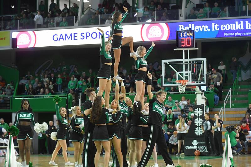 cheerleaders4093.jpg