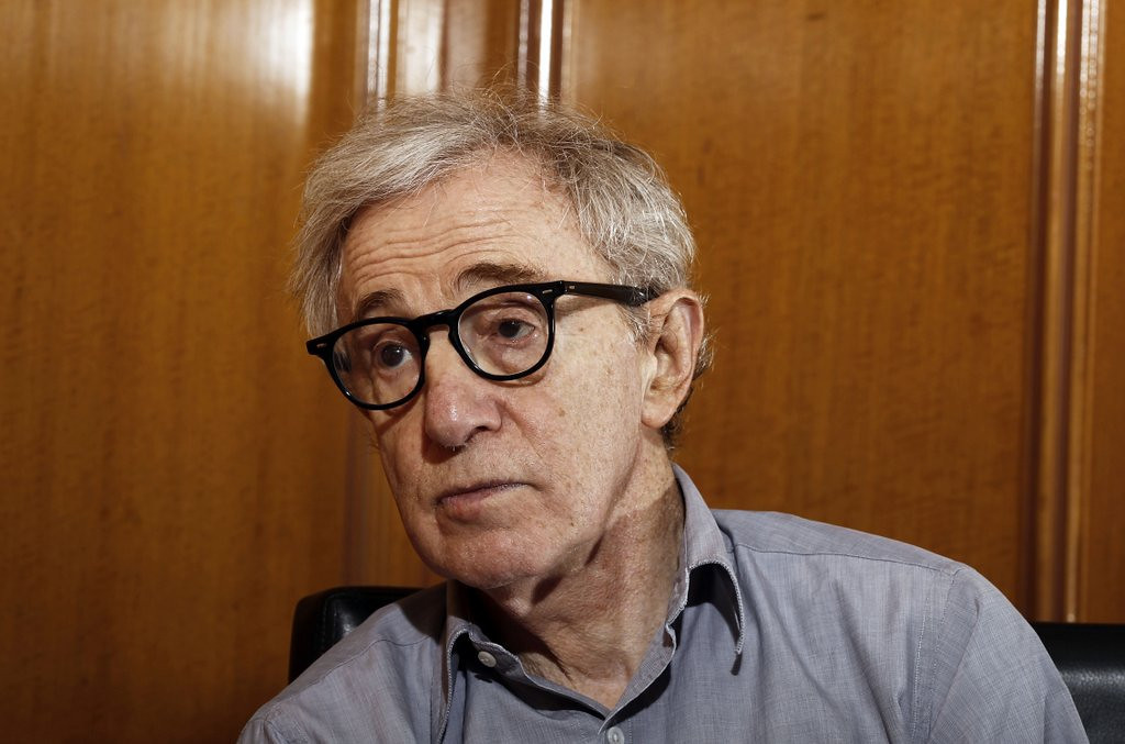 ". <p>3. (tie) WOODY ALLEN <p>Even after 20 years, his story STILL has some holes. (unranked) <p><b><a href=\'http://www.twincities.com/breakingnews/ci_25098306/what-happens-next-woody-allen-sex-abuse-allegations\' target=""_blank\""> HUH?</a></b> <p>   (AP Photo/Matt Sayles, File)"
