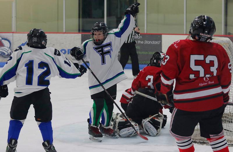 2016-Feb_12-Hockey-JPM2053.jpg