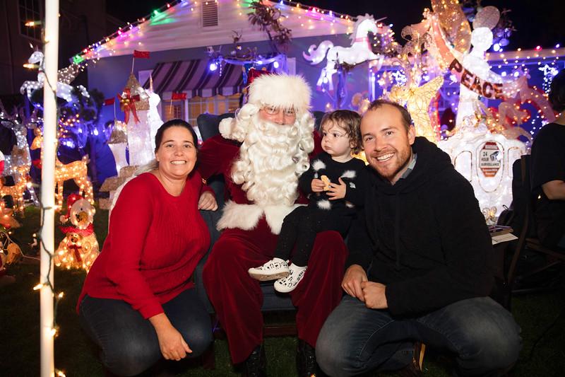 12-08-19-Christmas With Chris & Family-34.jpg