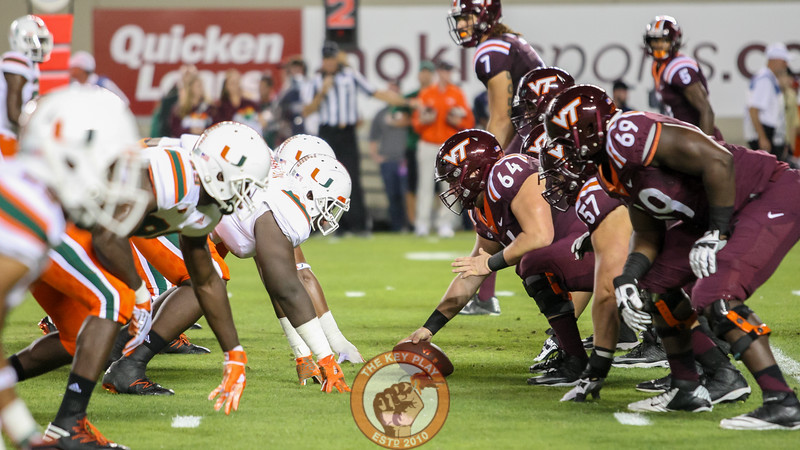 The Hokies offensive line gets set before the snap. (Mark Umansky/TheKeyPlay.com)